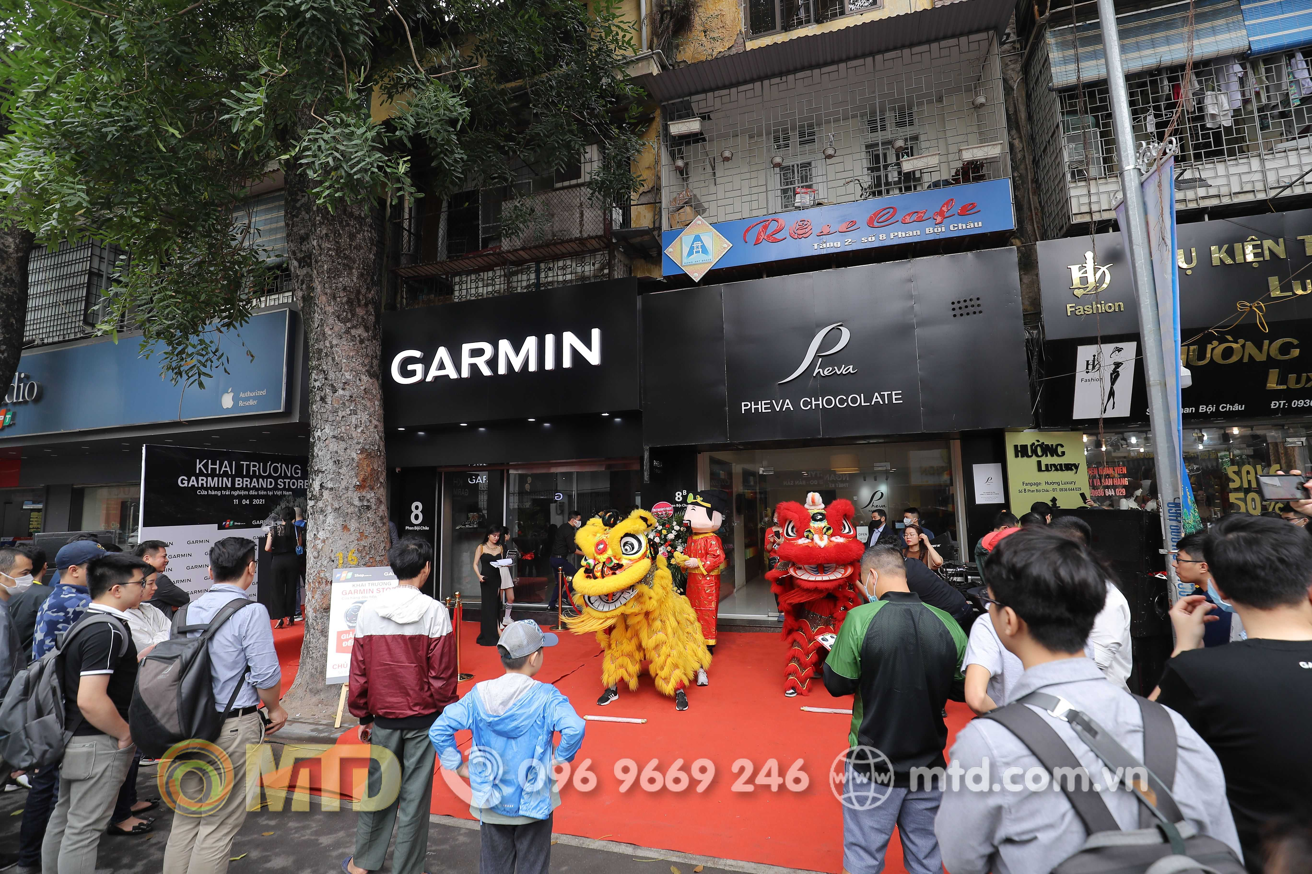 le-khai-truong-garmin-store